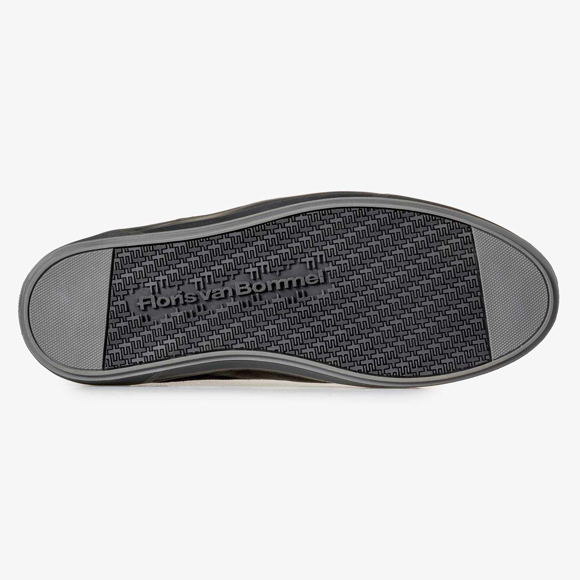 Gefütterter halbhoher Kalbsleder-Schuh