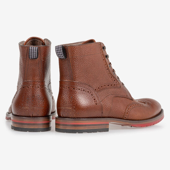 Leather brogue lace boot cognac