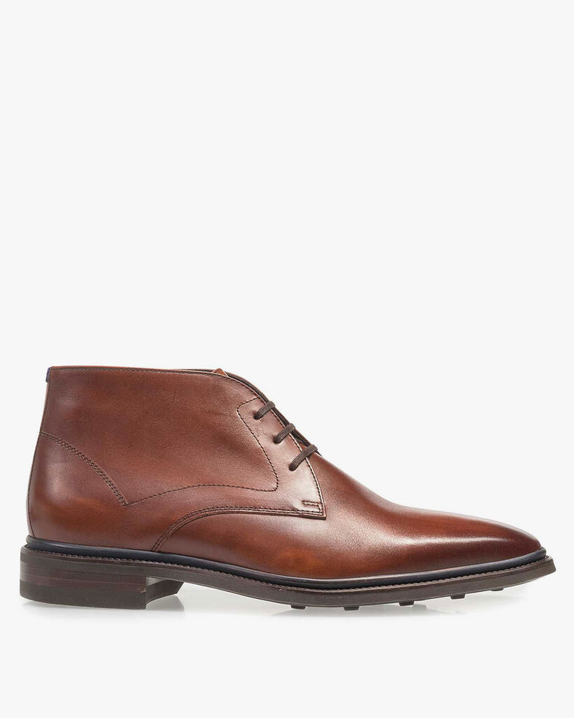 Lace boot calf leather cognac