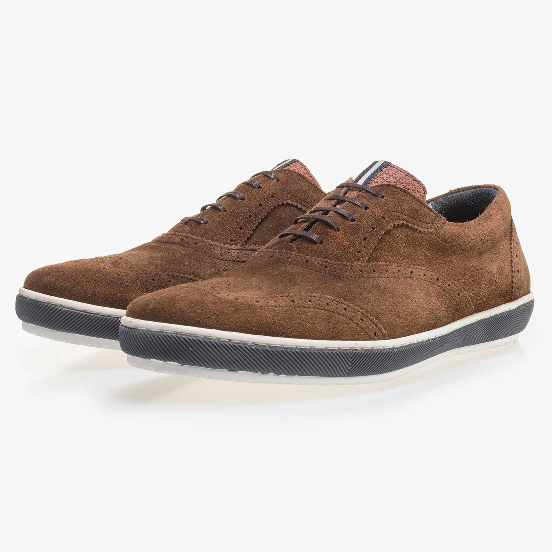 Brauner Brogue Wildleder Sneaker