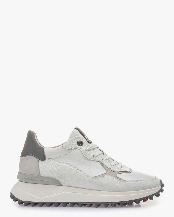 Weiß-grauer Leder-Sneaker mit Print