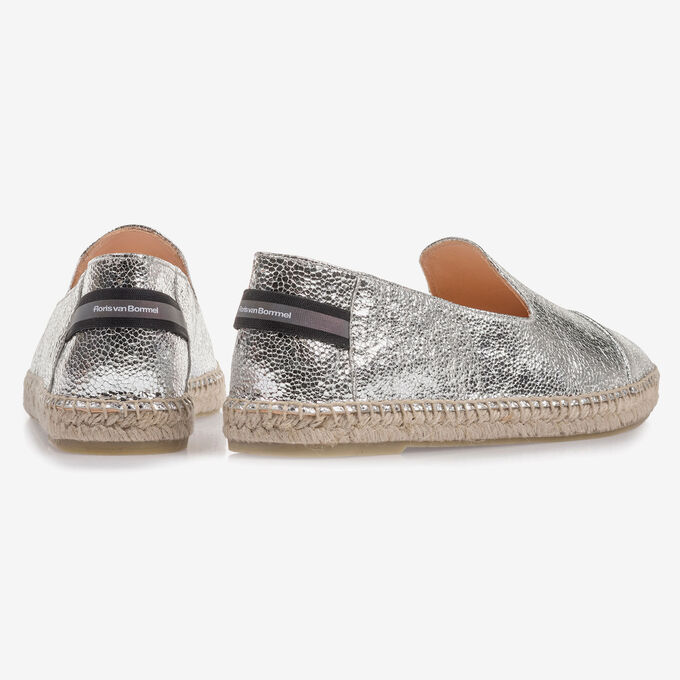 Casual slip-on
