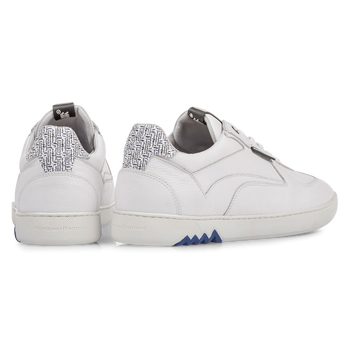 White calf leather sneaker with fine structure