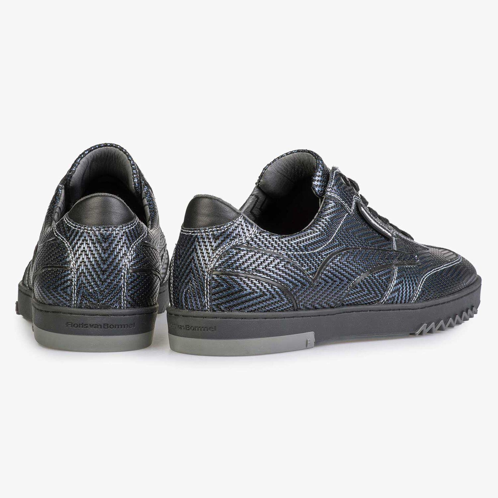 Blauer Premium Sneaker mit Fischgrätenmuster