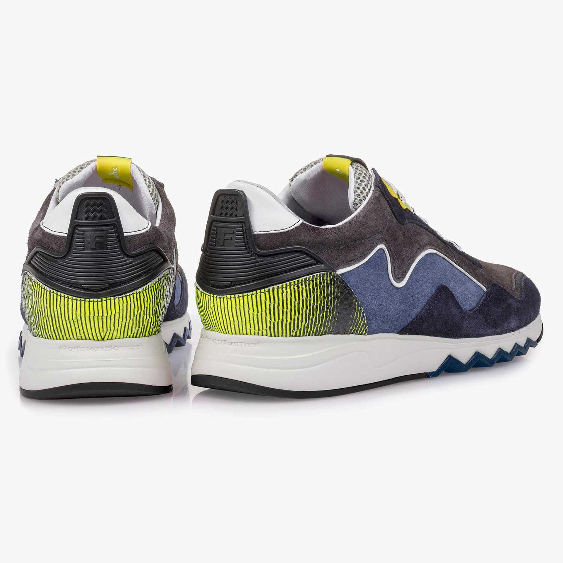 Gelb-blauer Wildleder-Sneaker