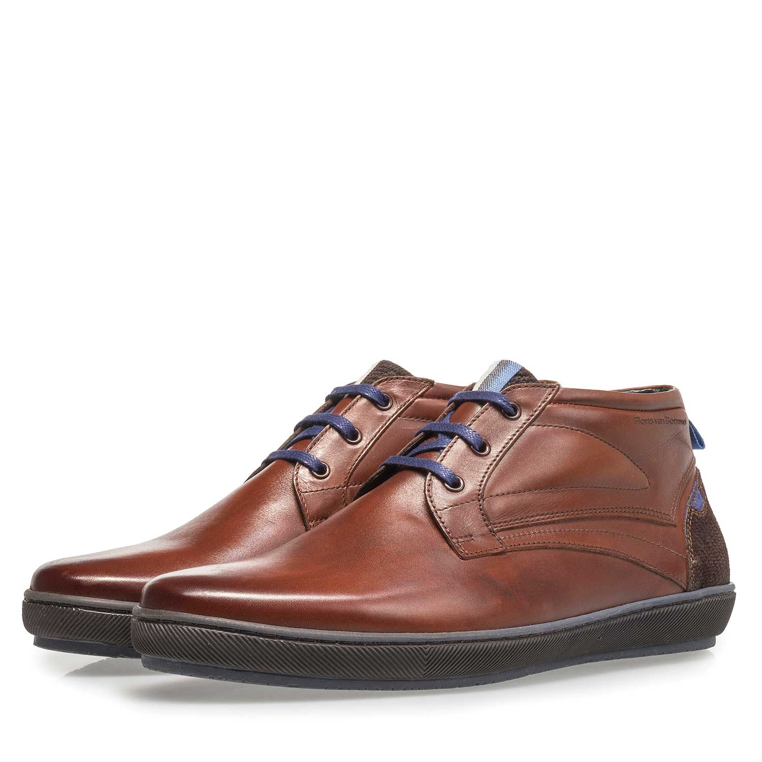 10074/15 - Dark cognac-coloured calf leather lace shoe