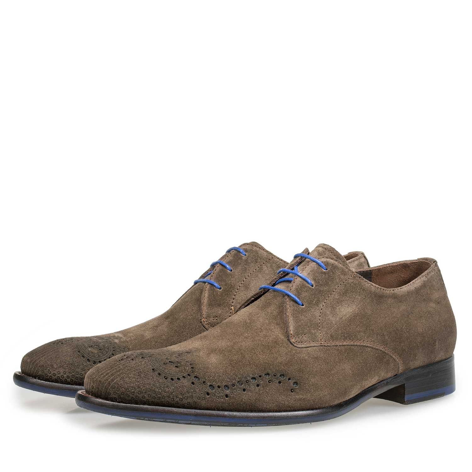 18075/05 - Suede leather lace shoe with brogue details taupe