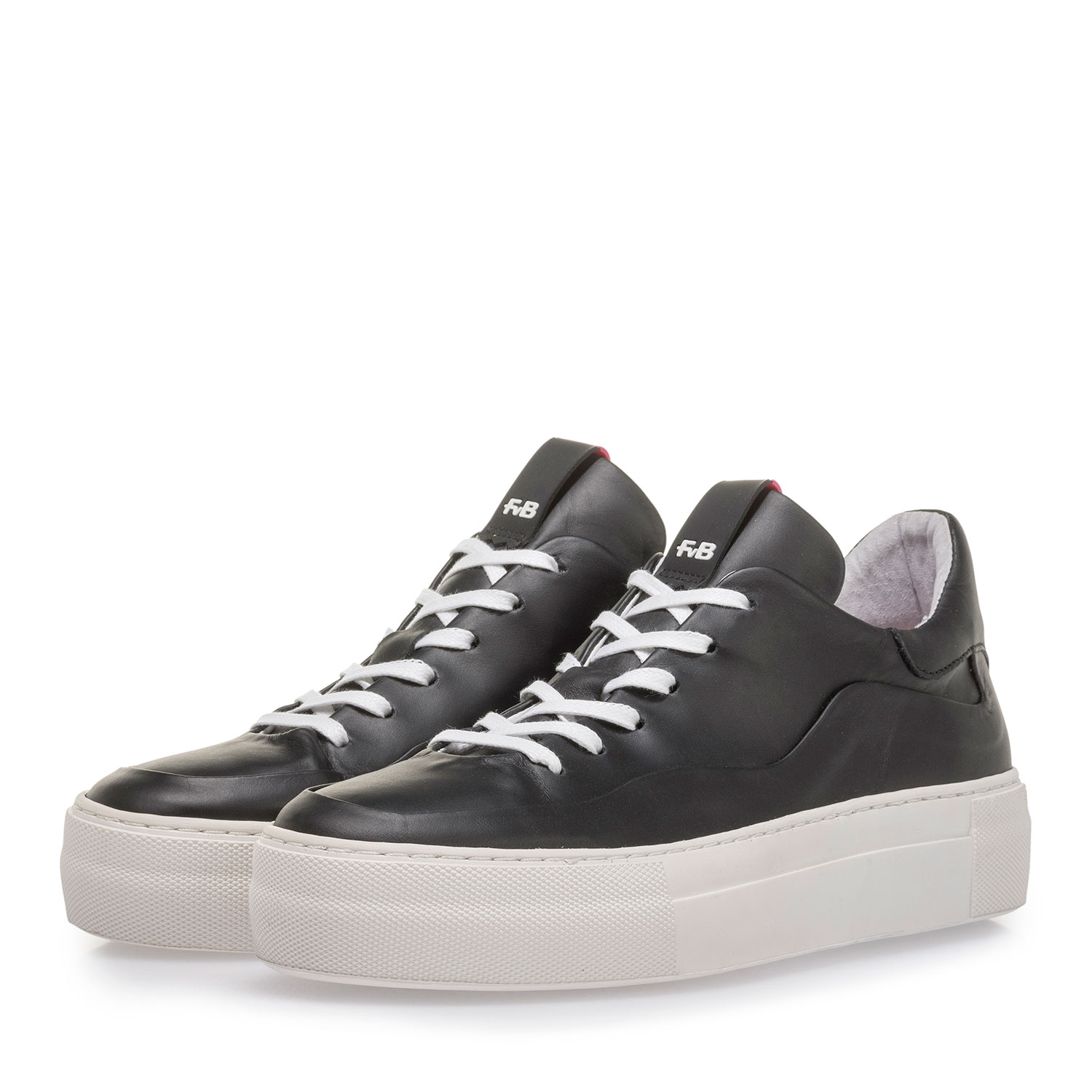 85298/01 - Black calf leather sneaker