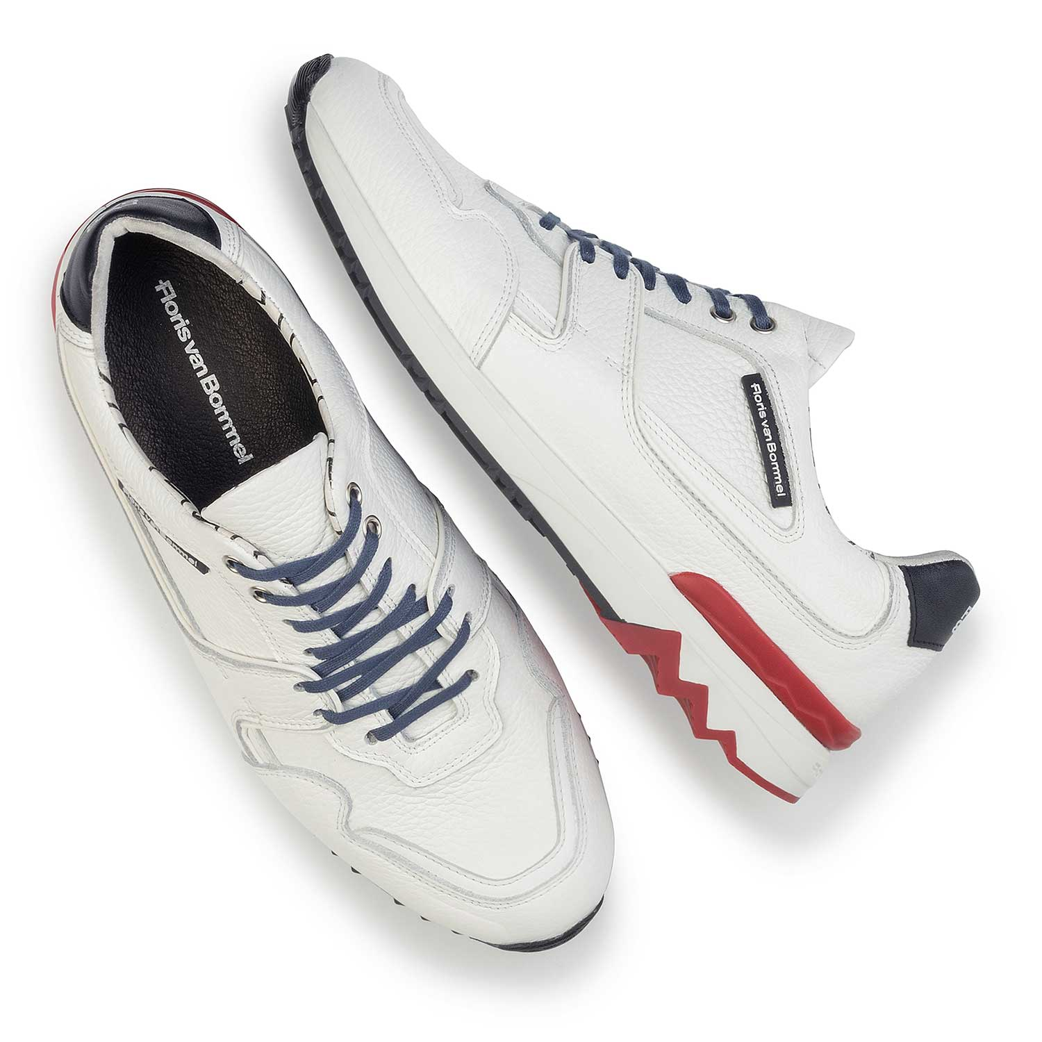 16220/01 - White calf's leather sneaker