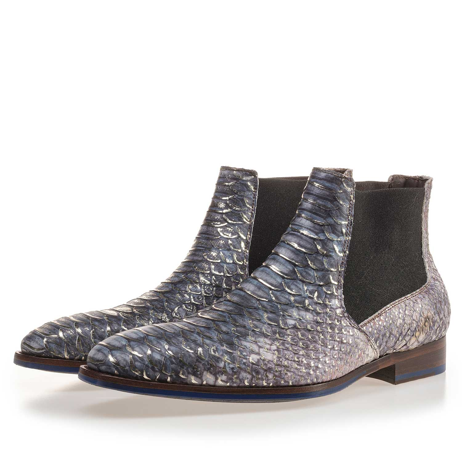 10179/00 - Premium blue Chelsea boot with a snake relief pattern