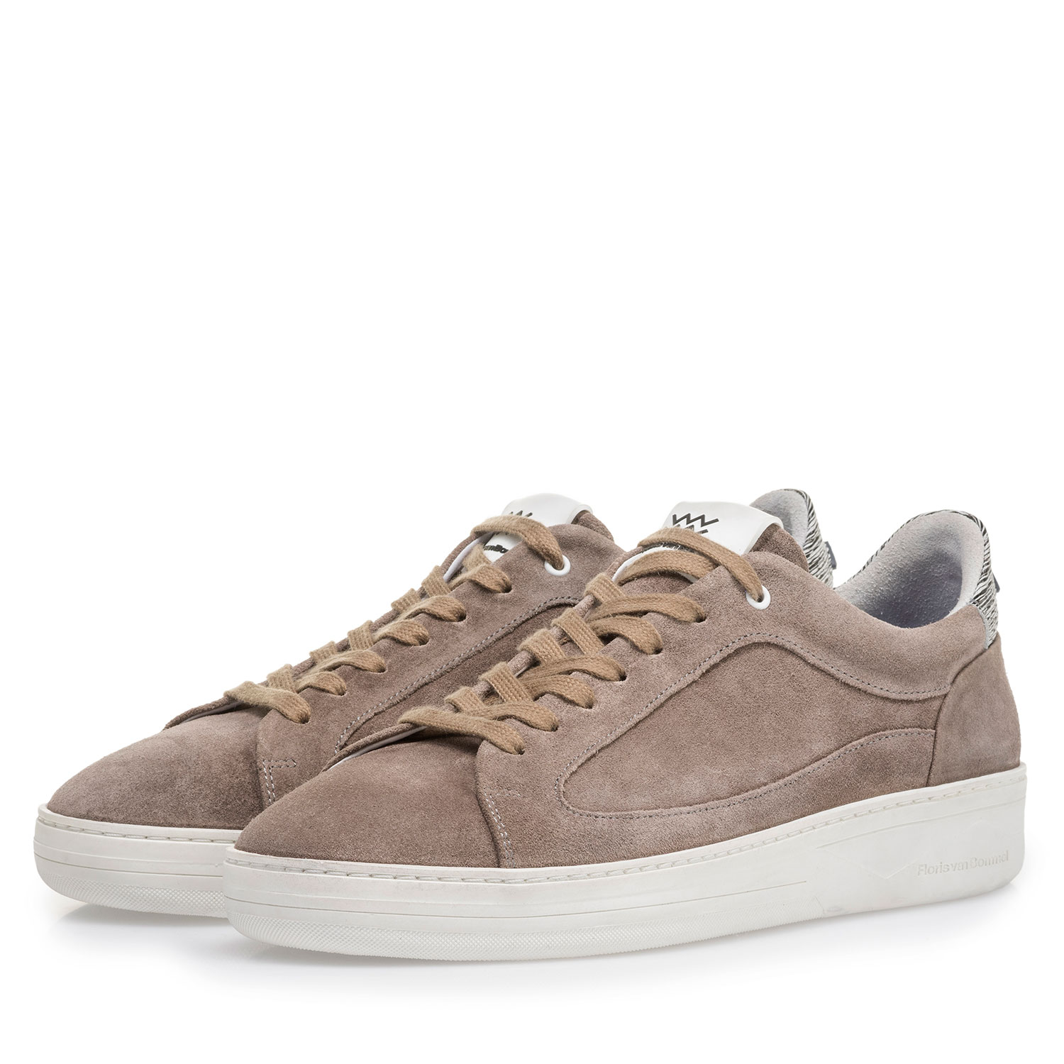 13265/05 - Taupe-coloured suede leather sneaker