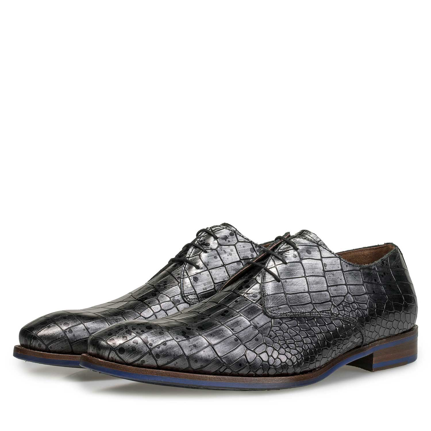 18067/01 - Grey leather lace shoe with croco print