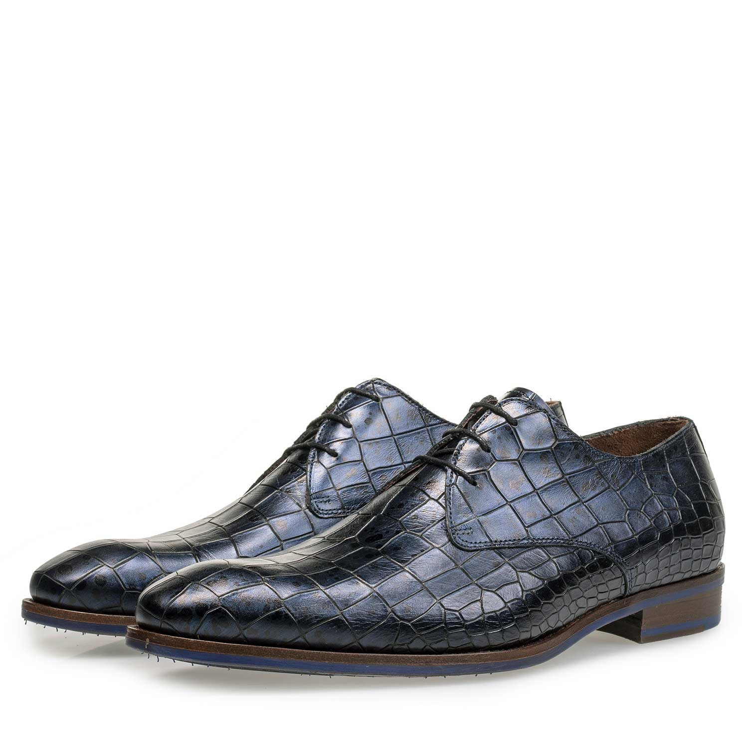 18067/02 - Blue calf's leather lace shoe with croco print