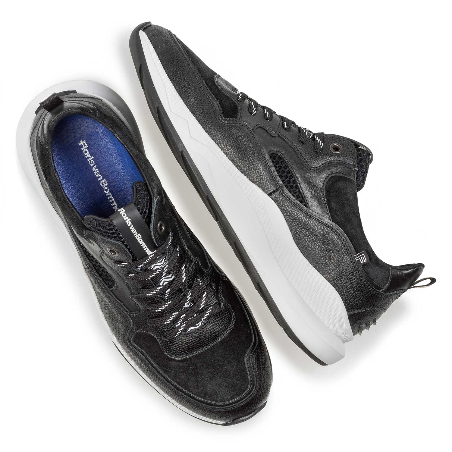 16269/00 - Black calf leather sneaker with fine texture