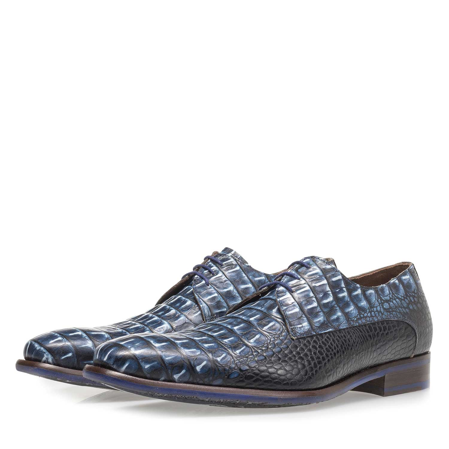 18159/06 - Blue leather lace shoe with croco print