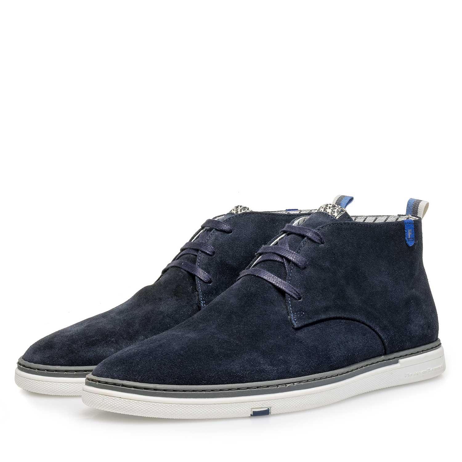 10502/01 - Blue slightly buffed suede leather lace boot