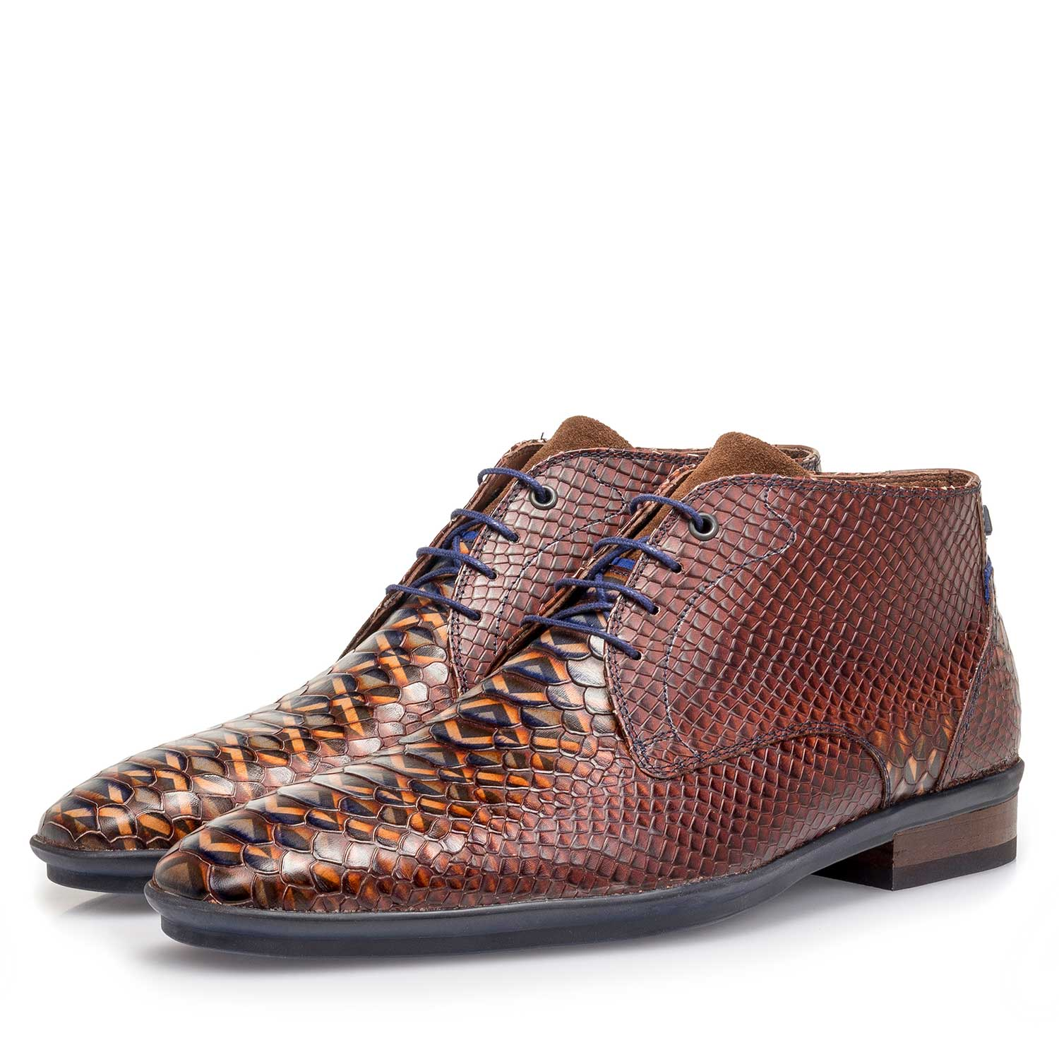 10475/03 - Cognac-coloured calf leather lace shoe with snake print