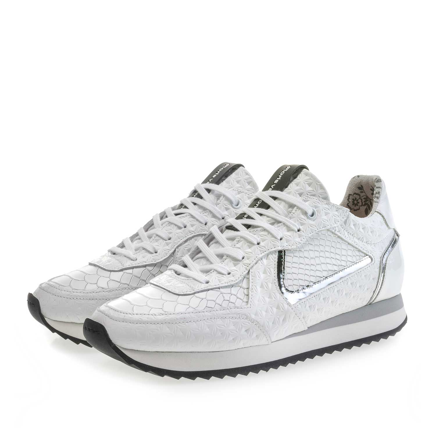 85232/00 - White leather sneaker