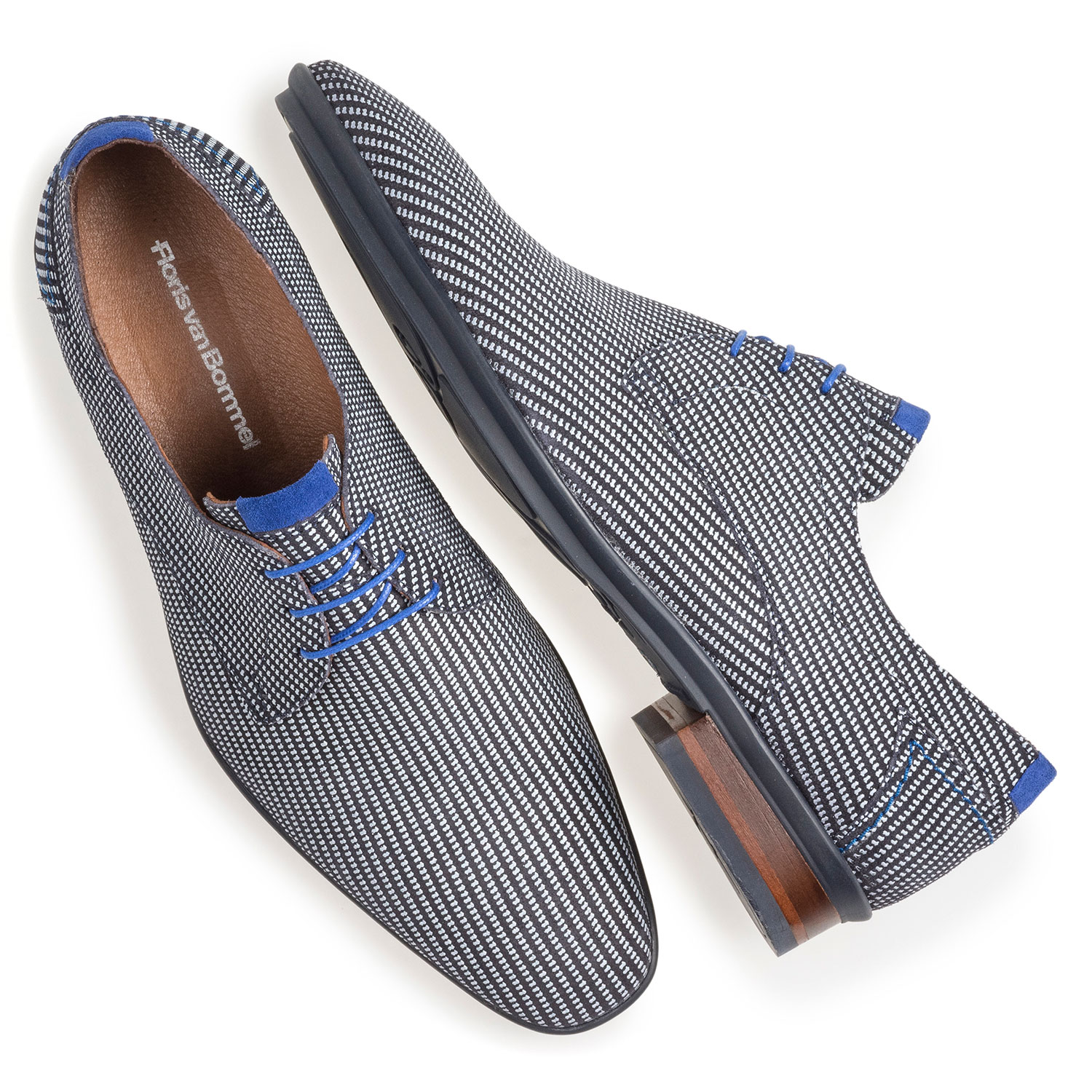 18441/22 - Blue suede leather lace shoe with white print