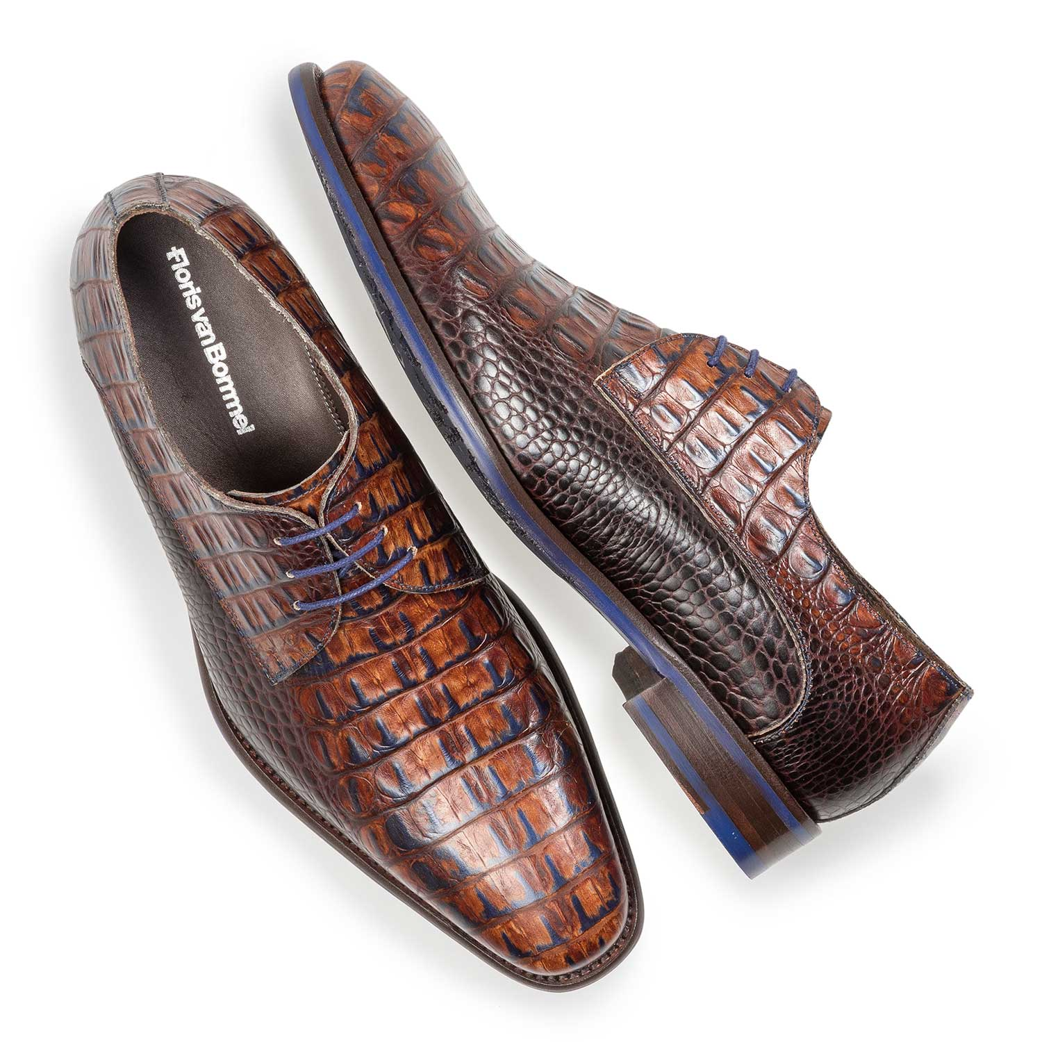 18159/04 - Cognac-coloured leather lace shoe with croco print