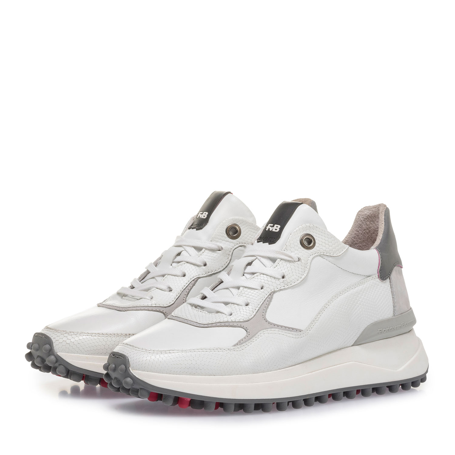 85307/00 - White and grey leather sneaker with print
