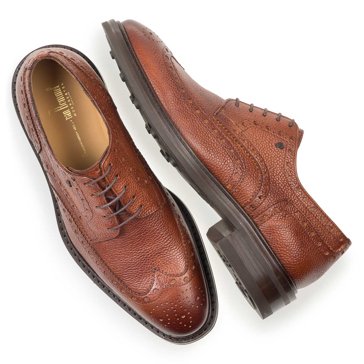 17093/05 - Cognac-coloured leather brogue lace shoe