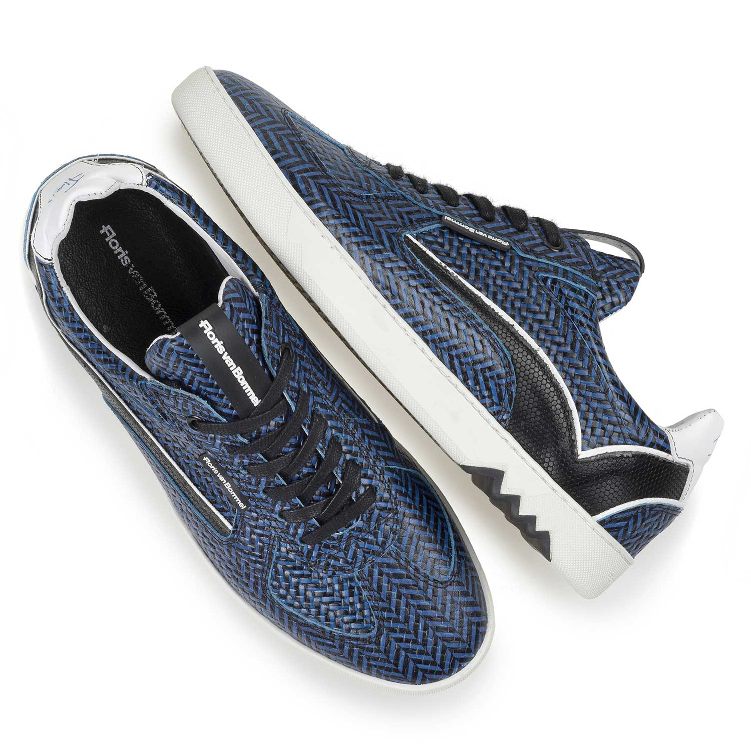16342/06 - Blue leather sneaker with a herringbone pattern