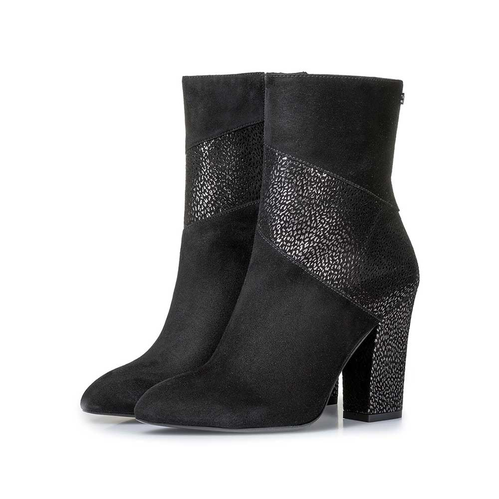 85622/01 - Black ankle boots with metallic print