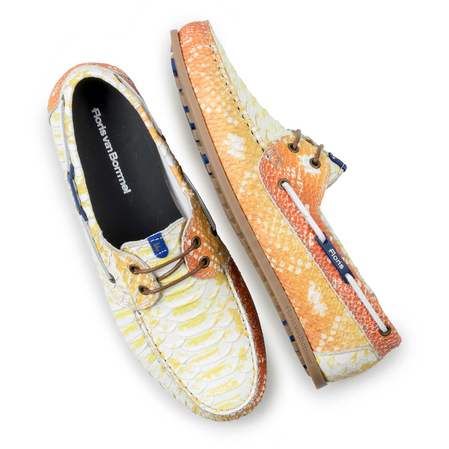 15035/04 - Yellow leather boat shoe with snake print