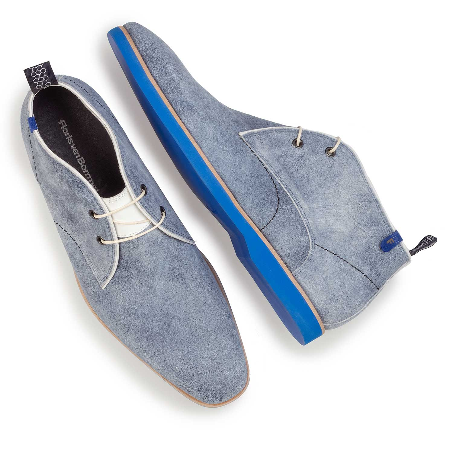 10014/00 - Light blue, washed suede leather lace boot