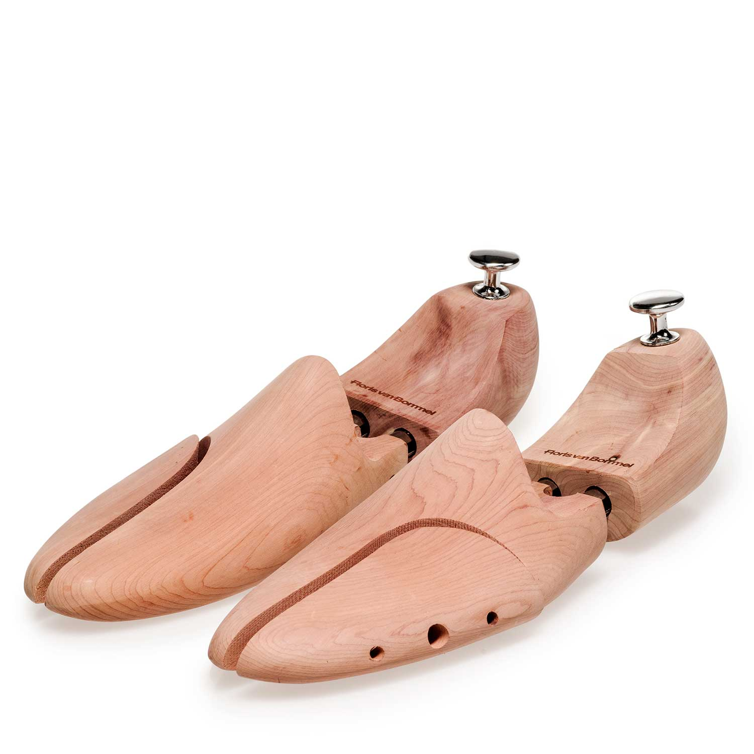 42000/01 - Cedar wooden Shoe tree