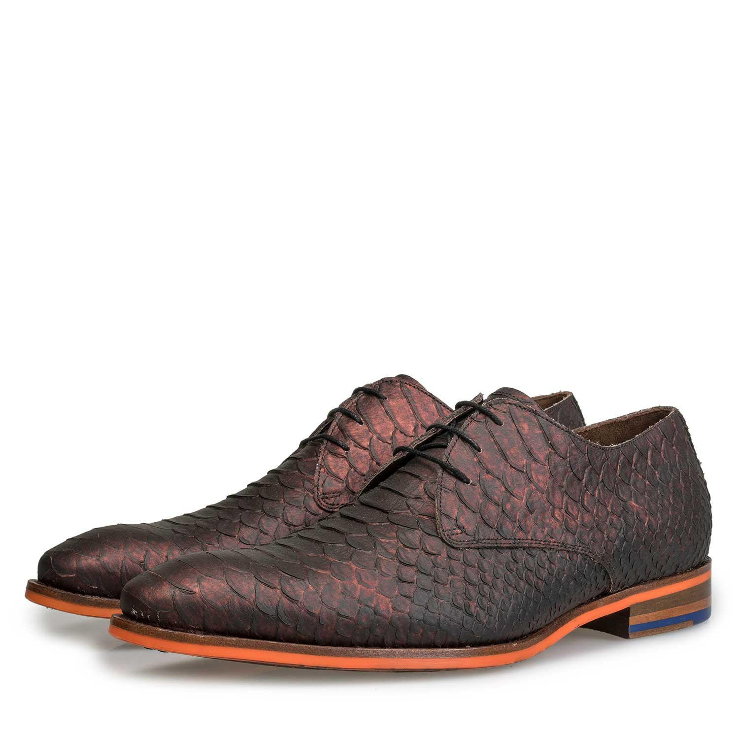 18077/01 - Leather lace shoe with snake print and orange outsole