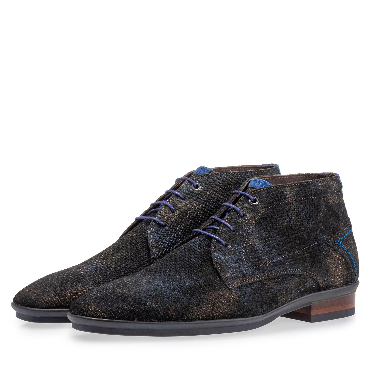 20440/24 - Lace boot with print bronze