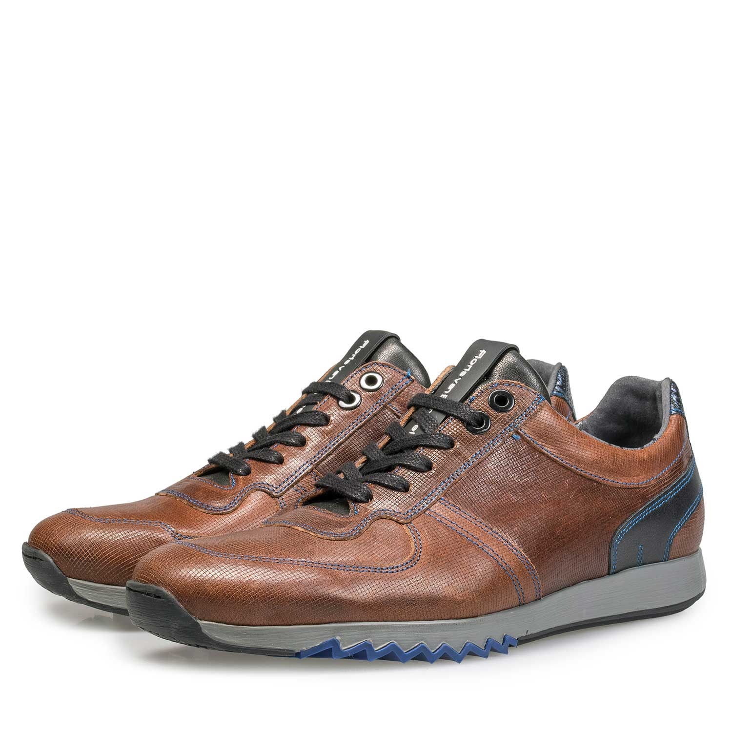 16171/10 - Brown sneaker with cobalt blue stitching