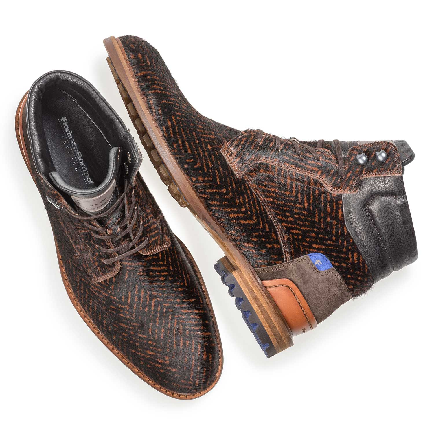 10641/01 - Premium cognac-coloured printed pony hair lace boot