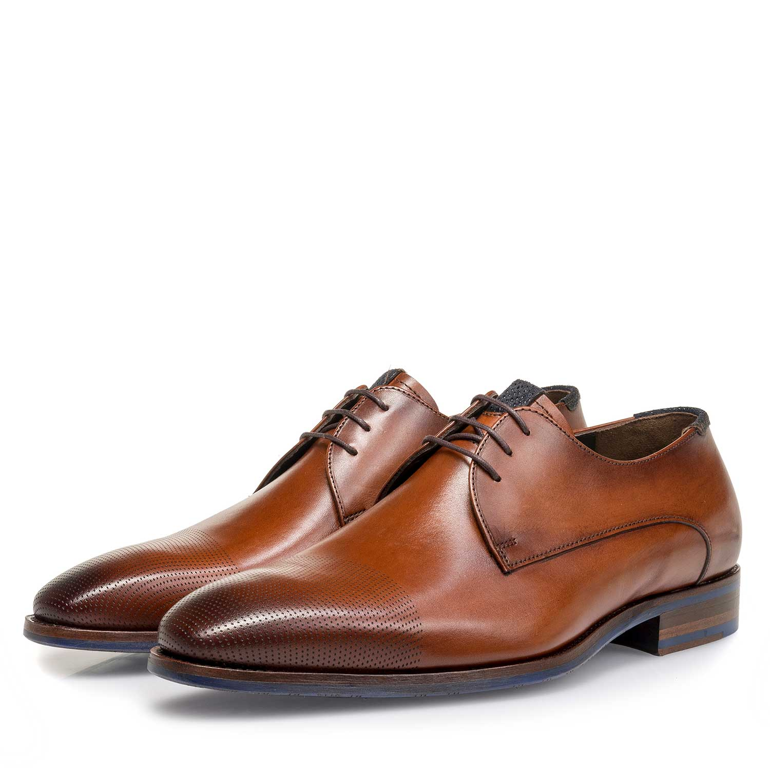 18088/00 - Cognac-coloured calf leather lace shoe