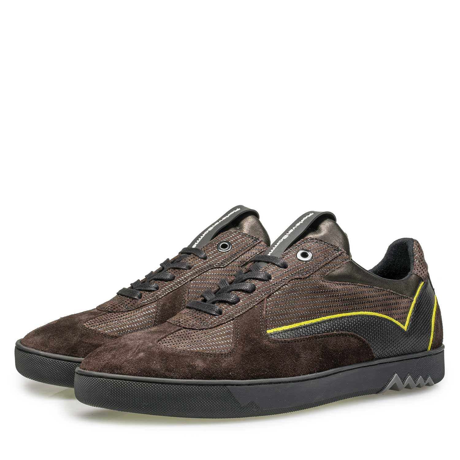 16242/05 - Dark brown suede sneaker with pattern